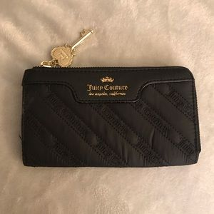 Juicy Couture black zip wallet